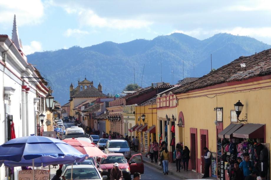 calle-san-cristobal-de-las-casas