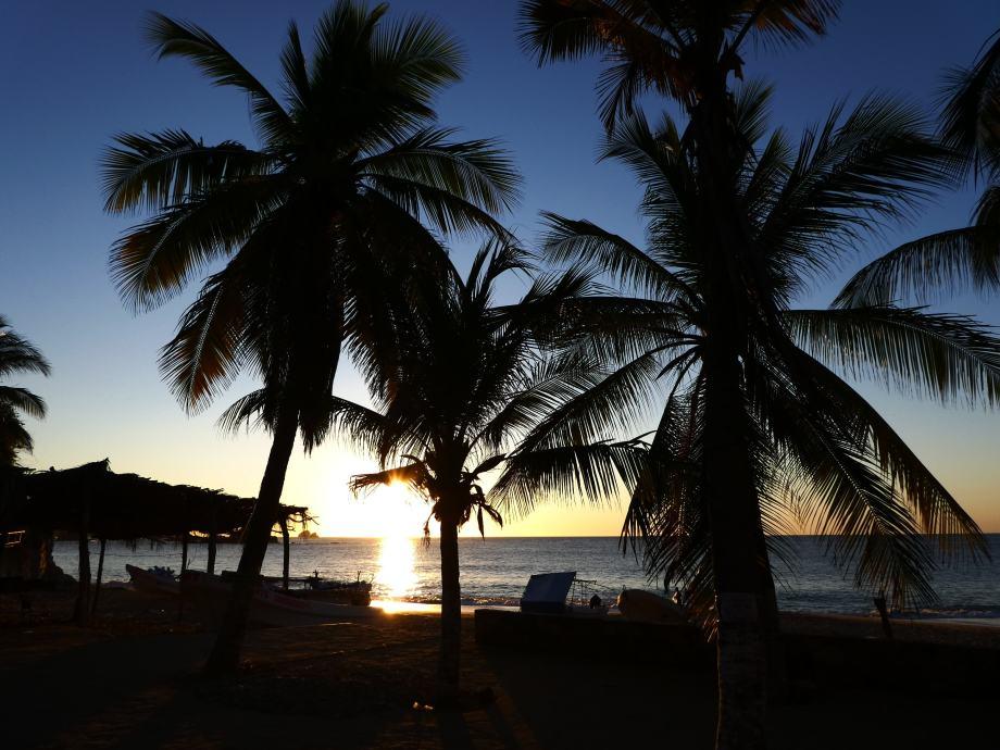 lever-de-soleil-a-mazunte-2