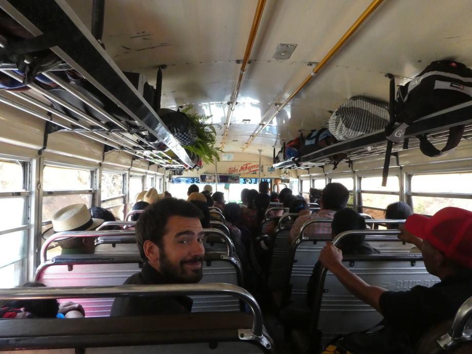 notre-premier-chicken-bus