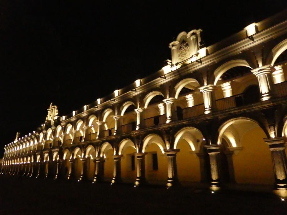 Palacio de los capitanes, Antigua