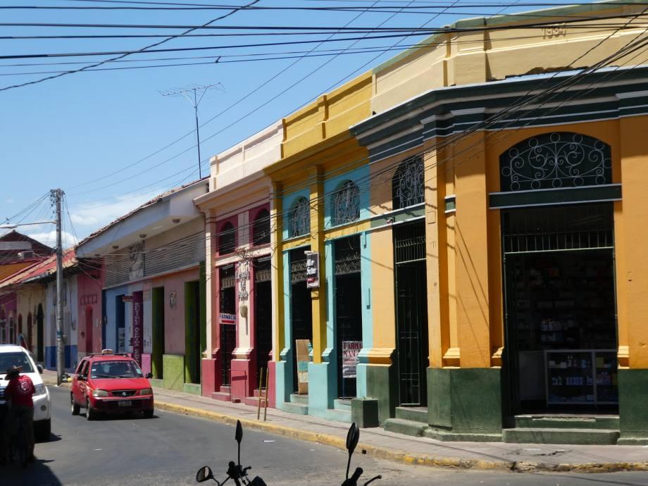 rues colorées de Leon
