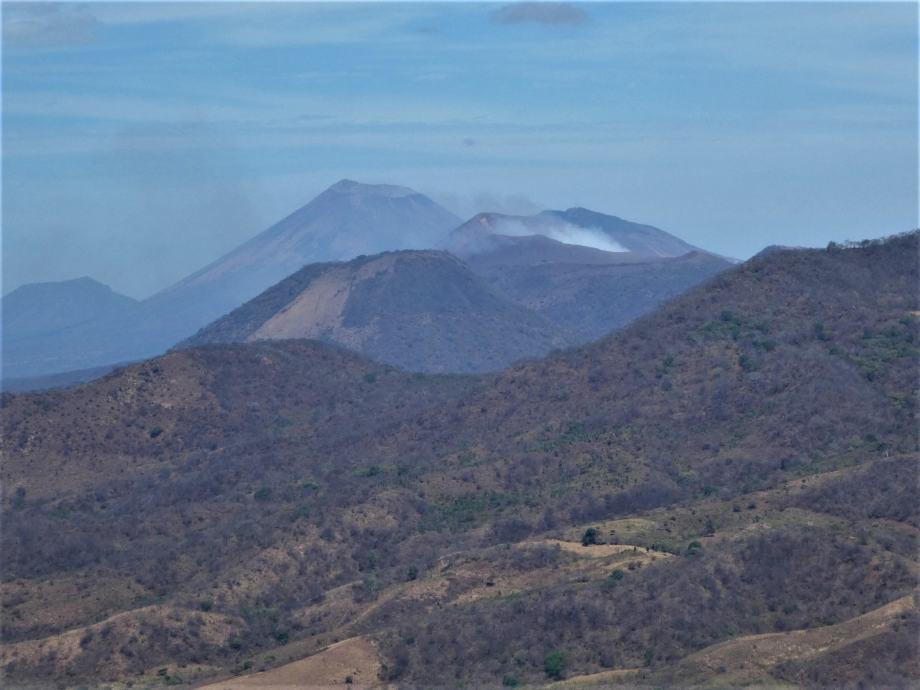 Vue sur le Telica et le San Cristobal