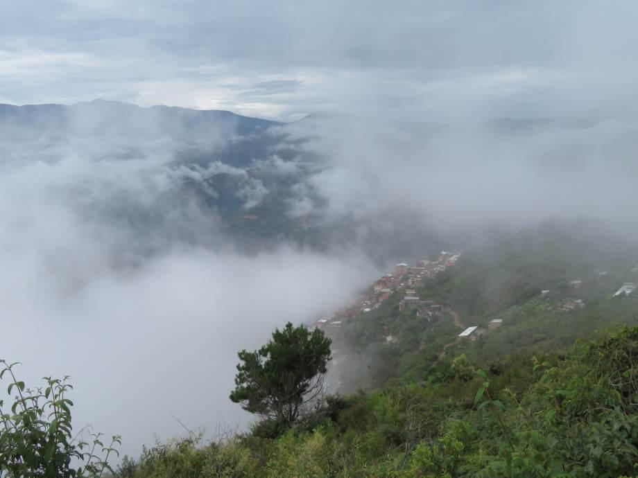 Chulumani dans la brume