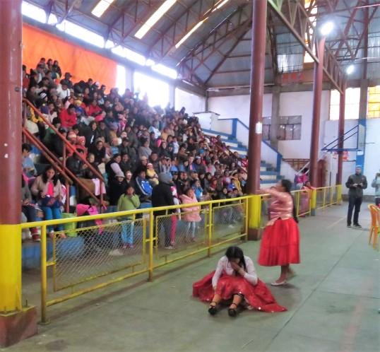 combat de cholitas -