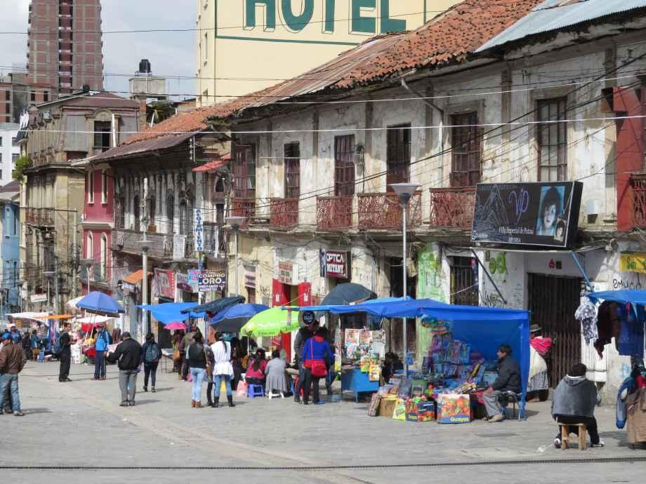 - Rue de la Paz