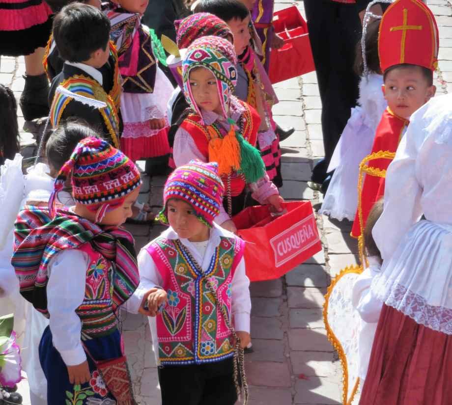 danse des petits à Cusco (7)