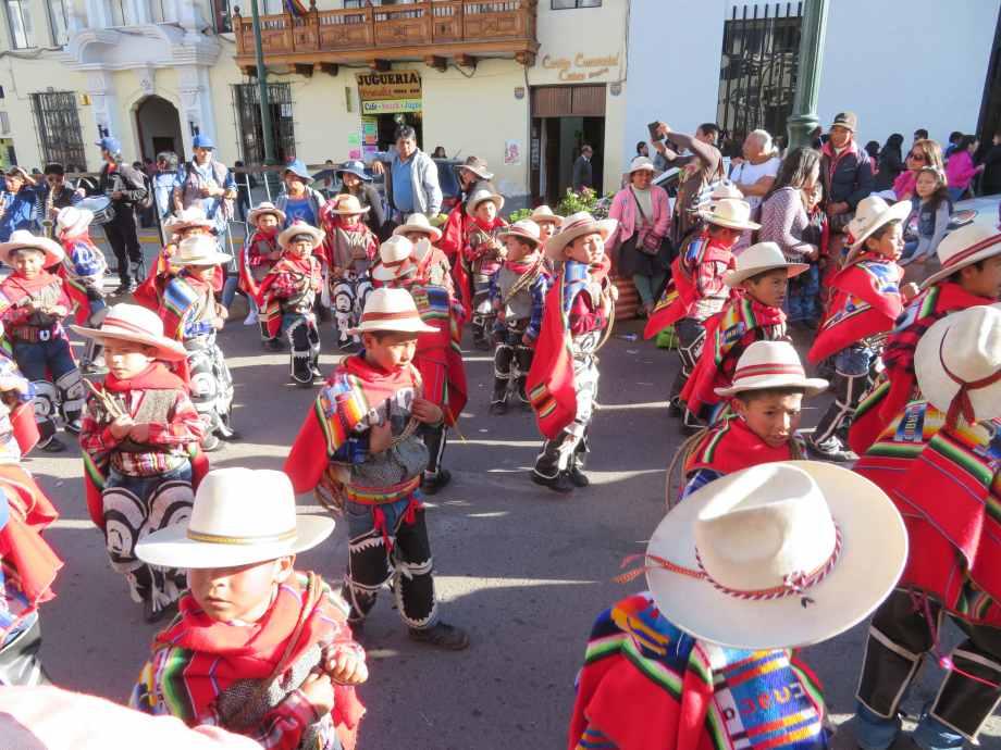 défilé de danse à Cusco (4)