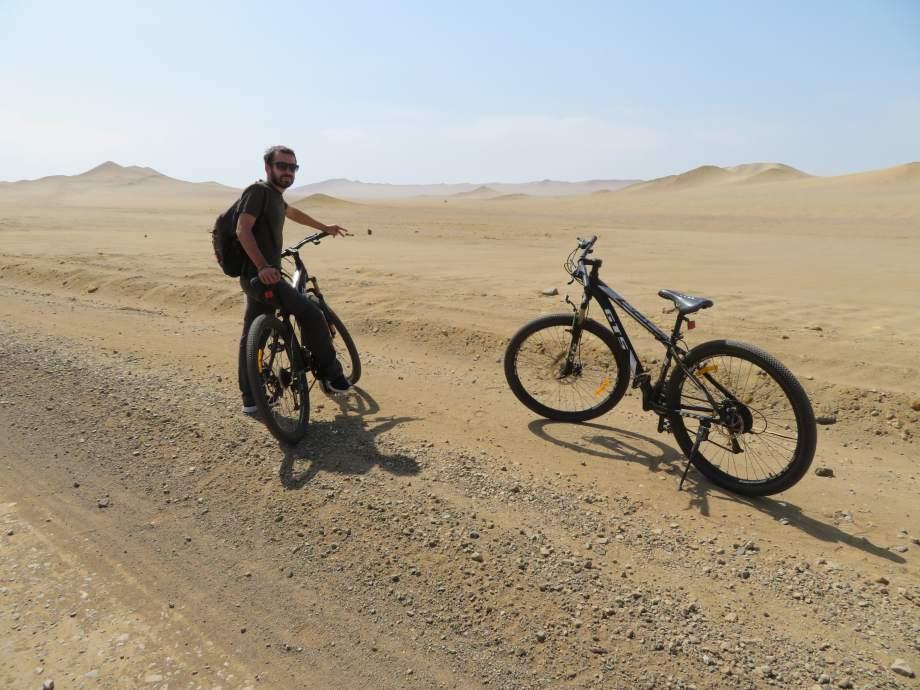 en vélo dans la réserve Paracas (1)
