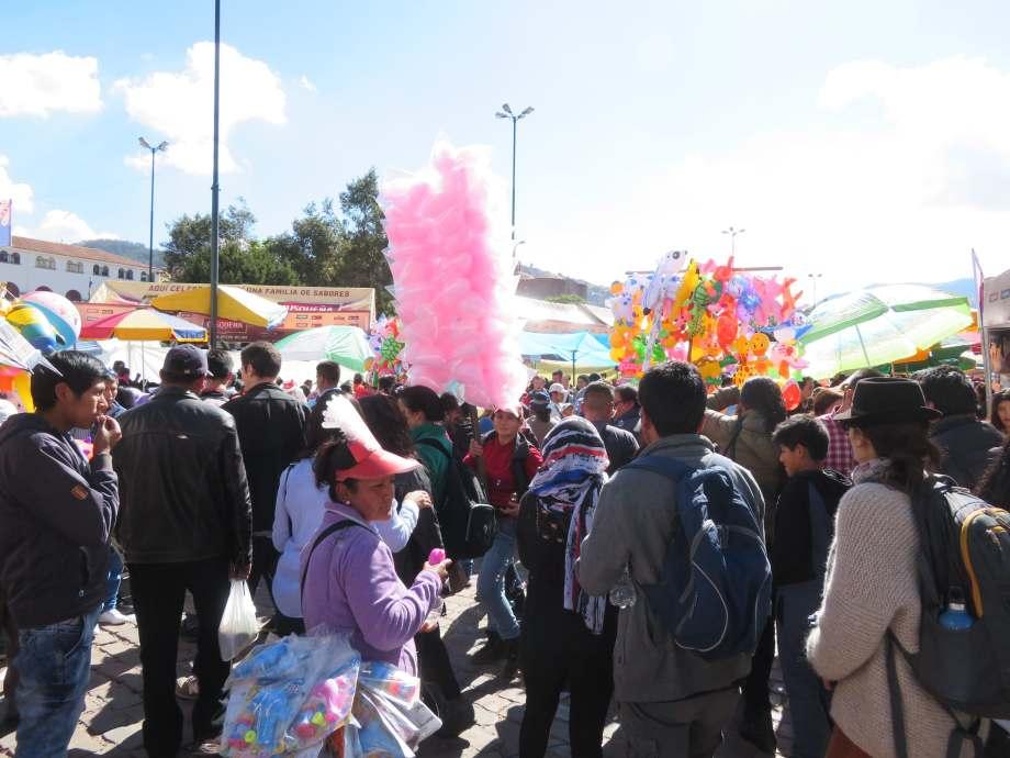 foule à Cusco (1)
