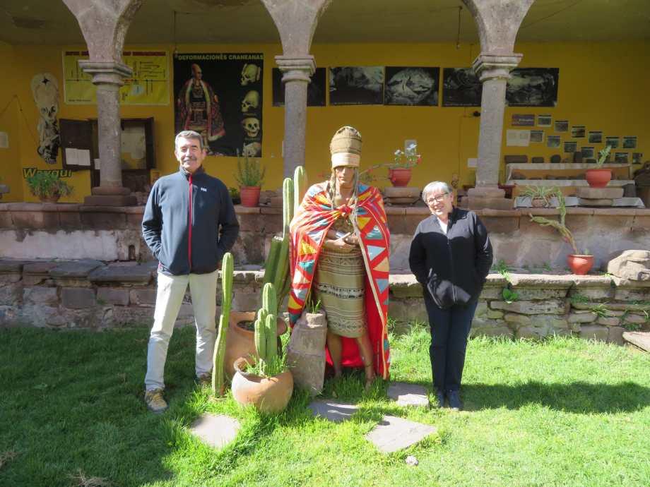 pose avec l'Inca