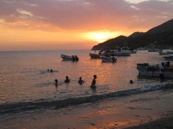 sunset dans l'eau