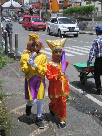 paradebukinttinggi