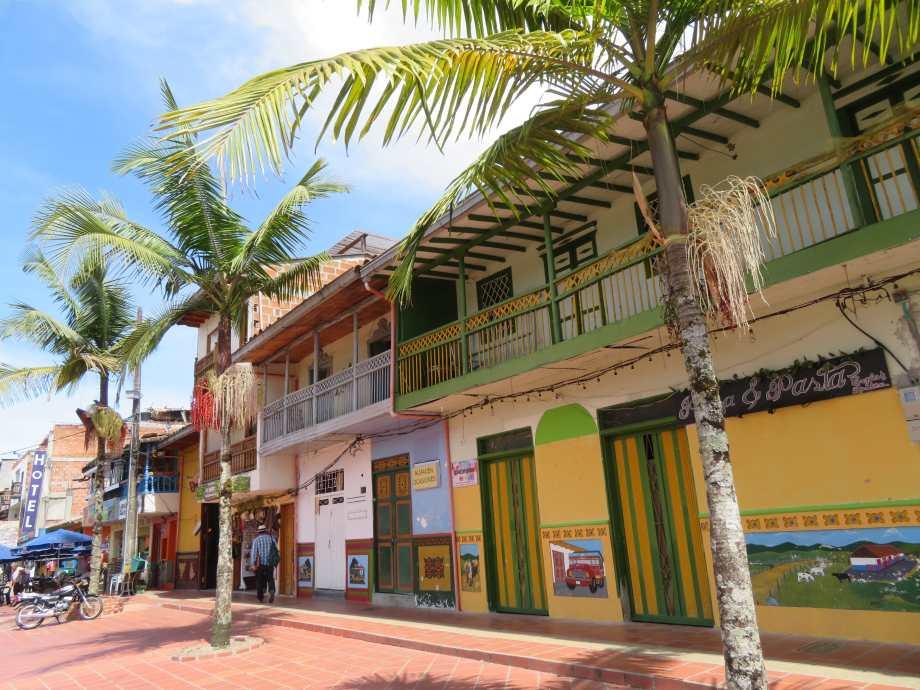 plaza da Guatapé