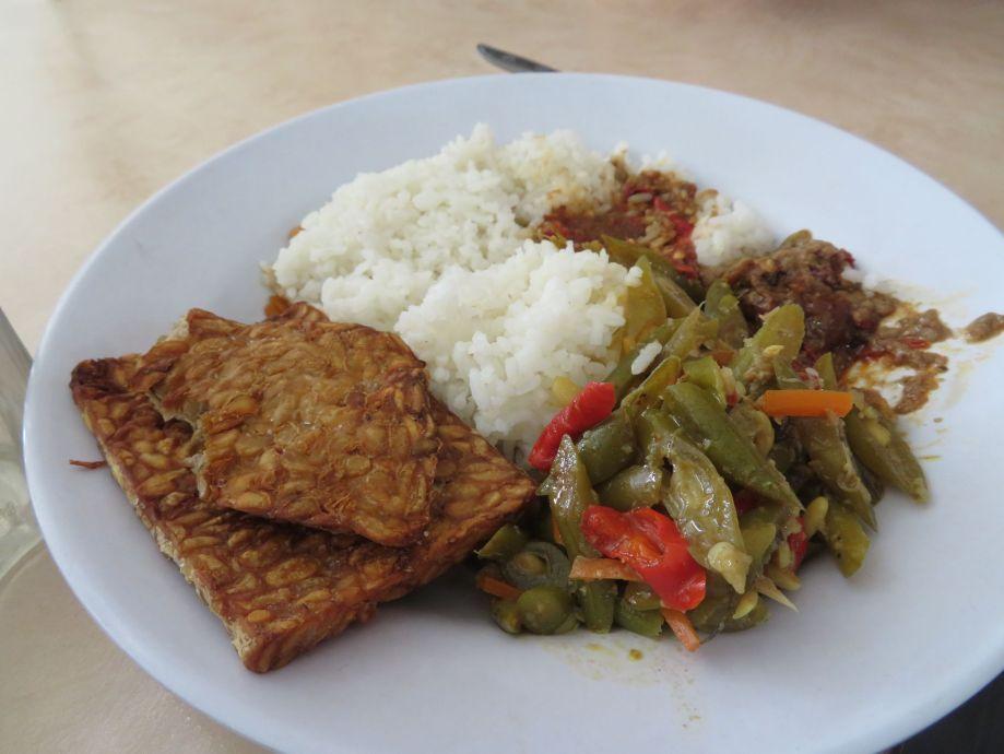riz tempe et legumes