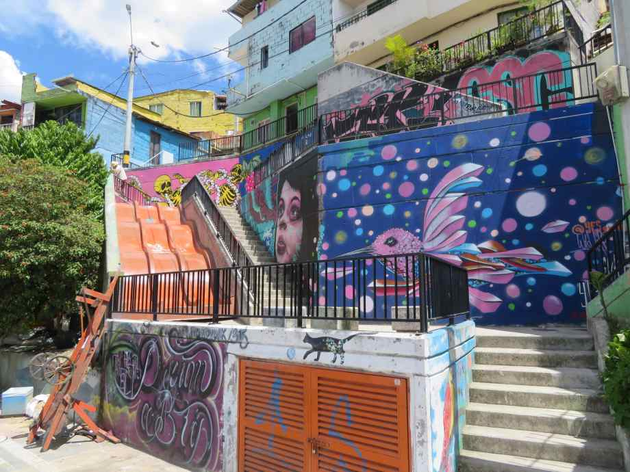 street art comuna 13