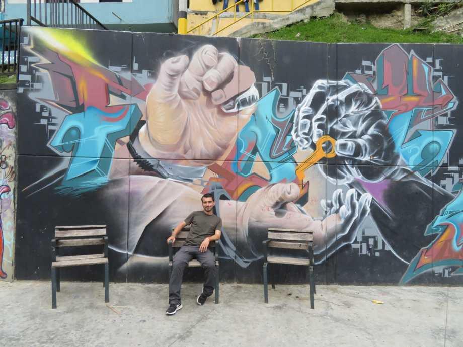 street art comuna 13-