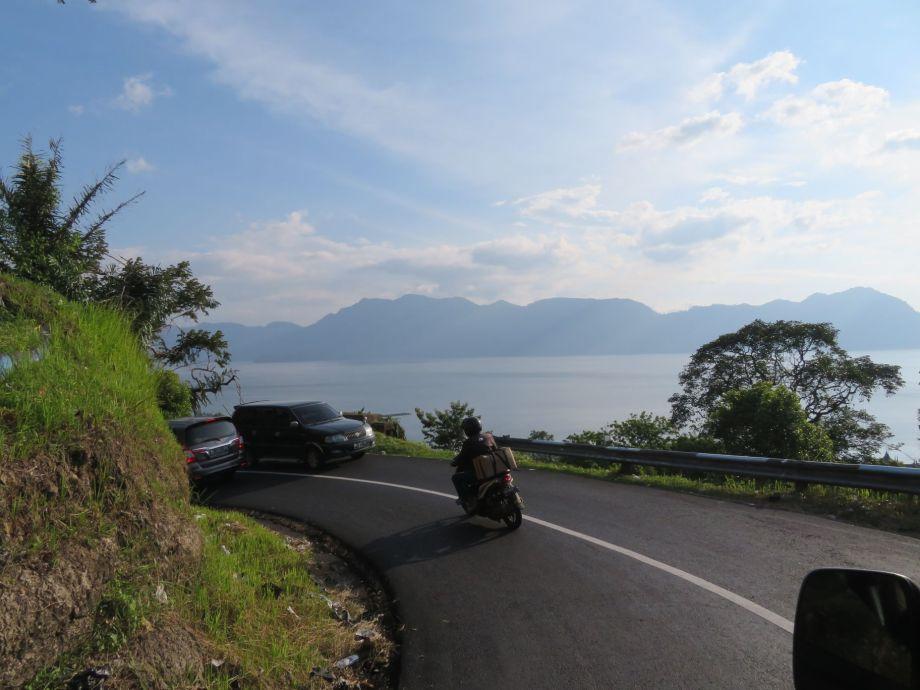 sur la route du lac-