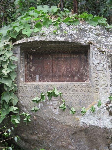 tombes Toraja (2)