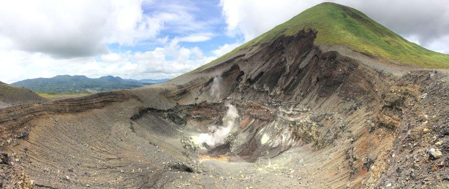 volcan lokon (1)