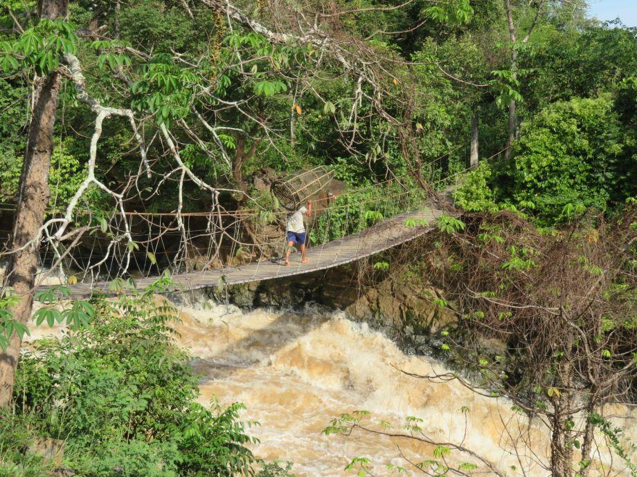 Khone pa soy waterfall (4)
