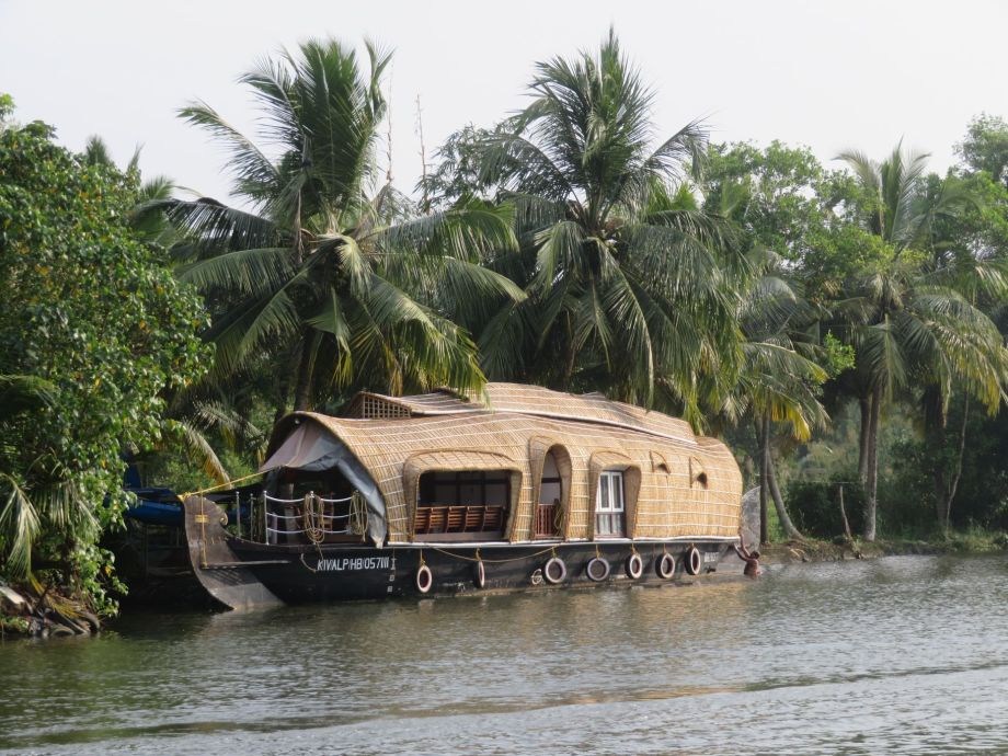6 BACKWATERS (28)